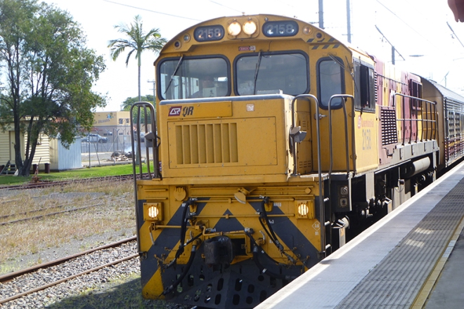 The train from the north pulling in to Bundaberg Railway Station
