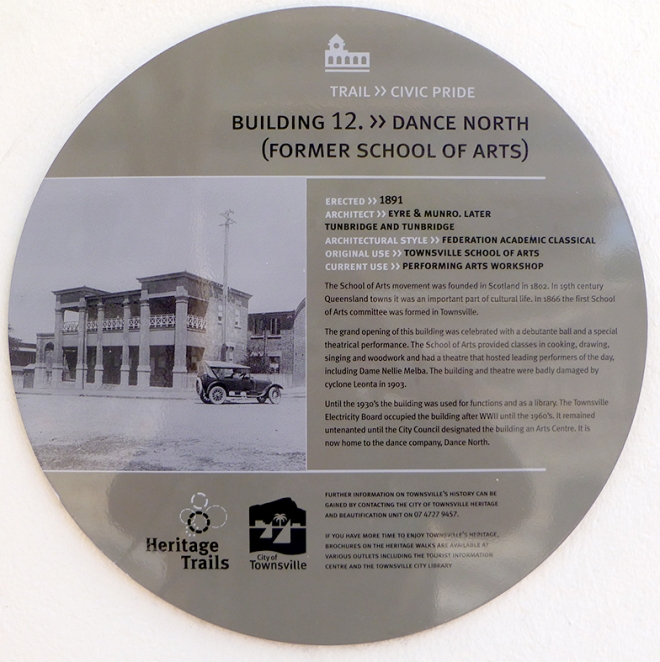 The Heritage Trails plaque on the School of Arts Townsville whic